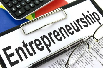 are entrepreneurs born or not Are entrepreneurs born or made in some ways we can say there is a certain element of entrepreneurs that are born, not made.